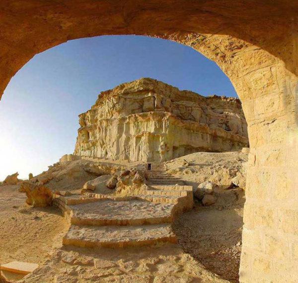 khourbas-cave1-600x569